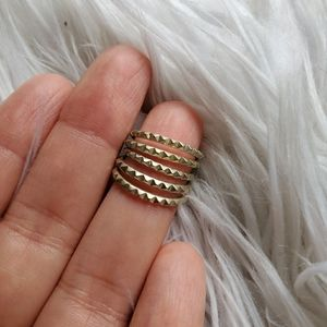 Gold Kendra Scott Midi Ring Set
